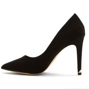 Call it Spring Nusa black suede heel